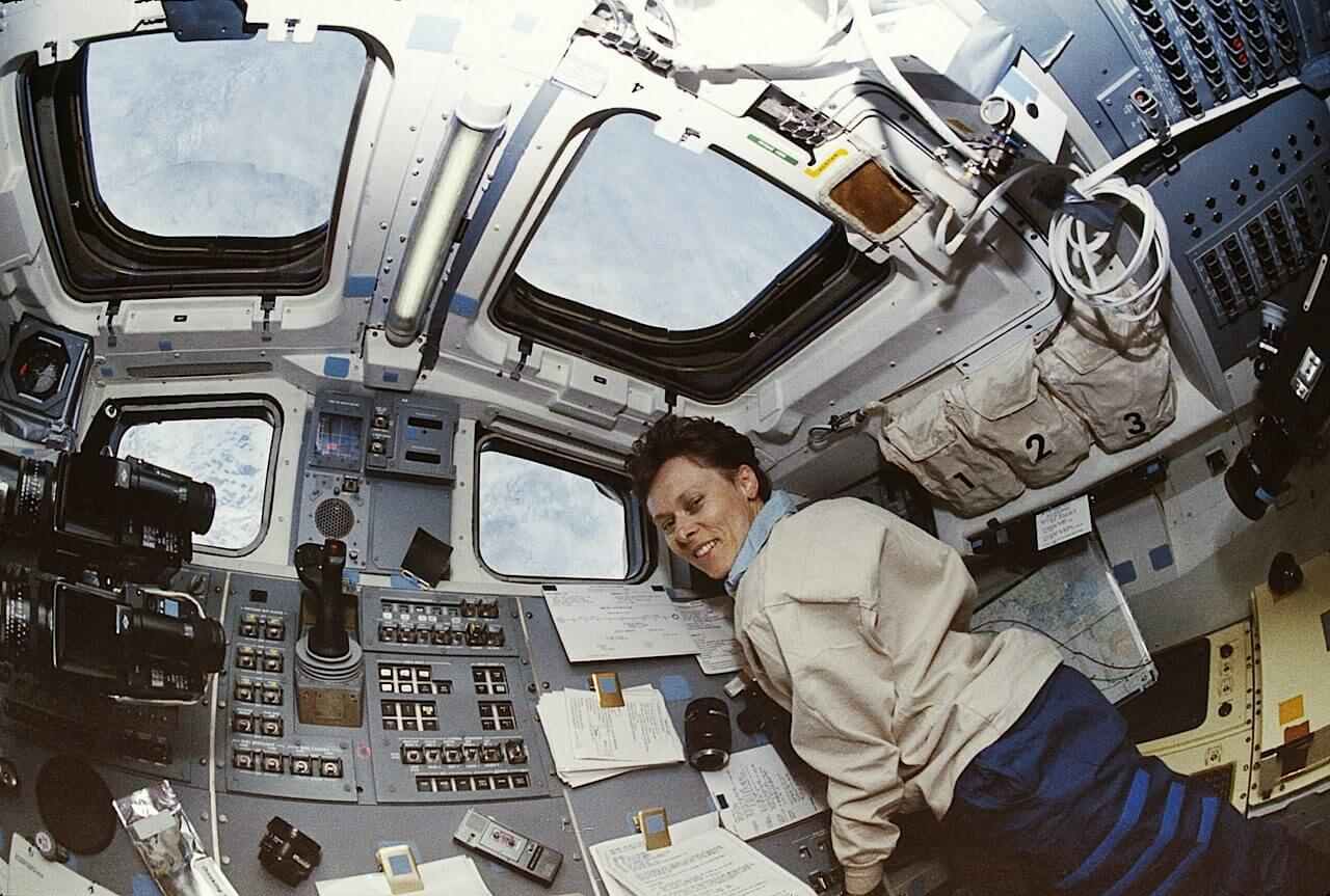 Dr Roberta Bondar in Space